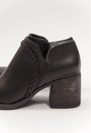 Botas-Piesanto-Negro