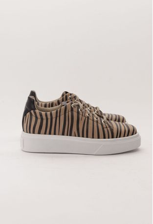 Zapatillas-Halma13-Cebra