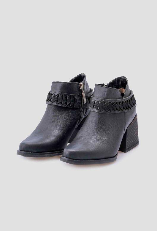 Botas-Hiesanto-Negro